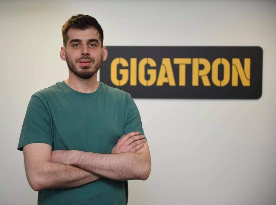 Gigatron и Canon донирао Црвеном крсту Деспотовац